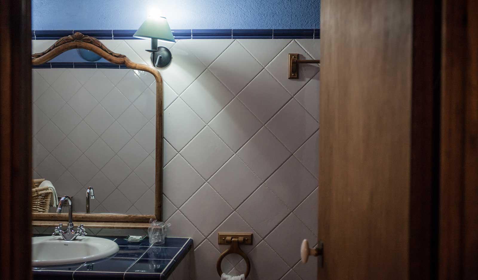 Romaní bathroom